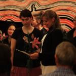 Preisübergabe an Laura Müller-Hennig